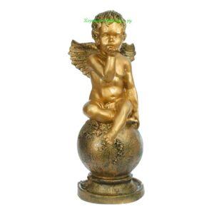 Ангел на шаре огромный / бронза
