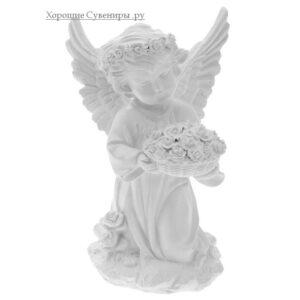 Ангел с чашей цветов / белый