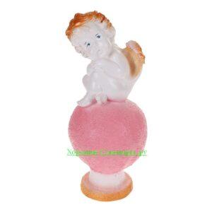 Ангел карапуз сидя на шаре / бело золотой МИКС