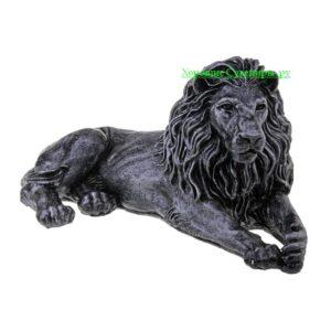 Лев на отдыхе ( смотрит в право ) / серебро