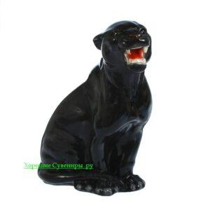 Пантера сидя